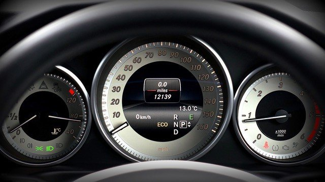 how-to-buy-a-car-odometer-middle-class-dad