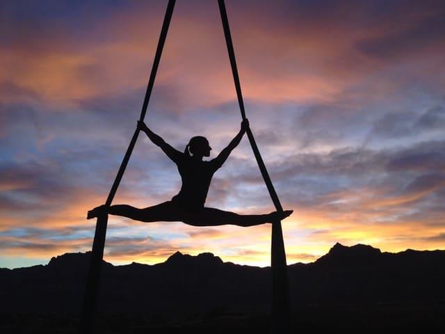 overmedication-yoga-girl-middle-class-dad