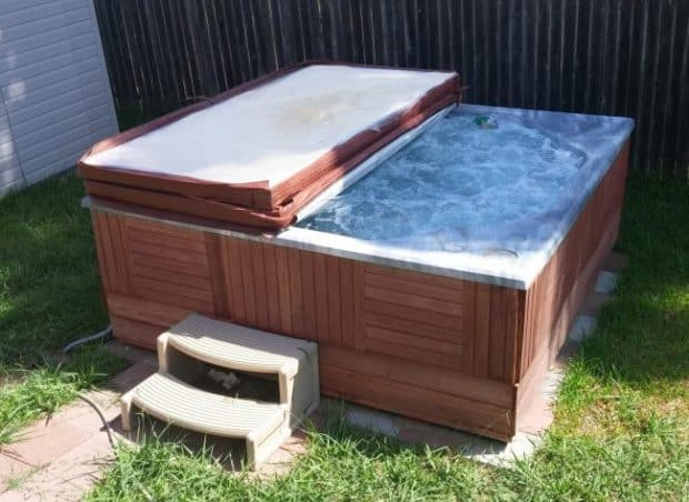 DIY Hot Tub Refurbishment – How to Repair & Restore Yours