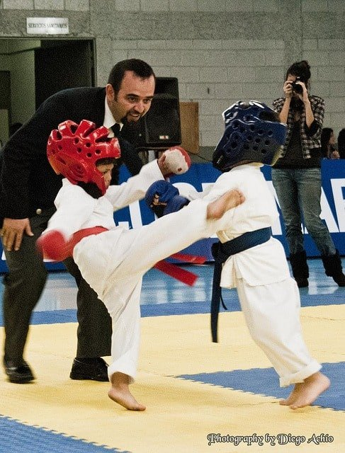 martial-arts-classes-child-kids-karate-middle-class-dad