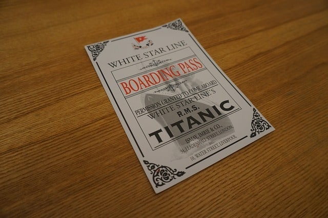 new-year-gifts-for-employees-titanic-middle-class-dad