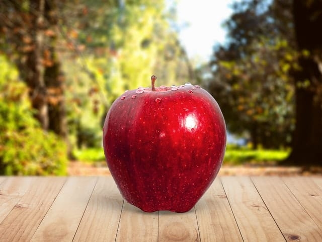how-to-cure-allergies-naturally-apple-middle-class-dad