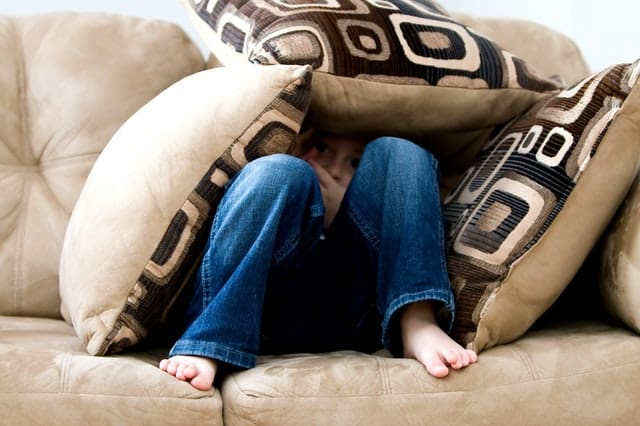 how-to-overcome-fear-of-failure-and-rejection-pillow-kid-middle-class-dad