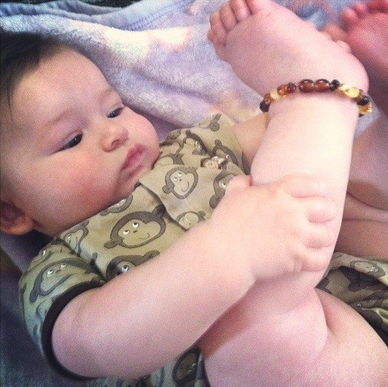 baltic-amber-teething-necklace-baby-ankle-bracelet-middle-class-dad