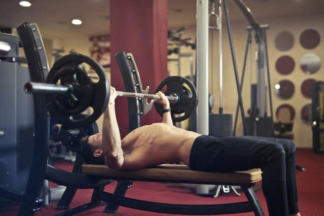 How to Choose a Workout Bench for Your Home